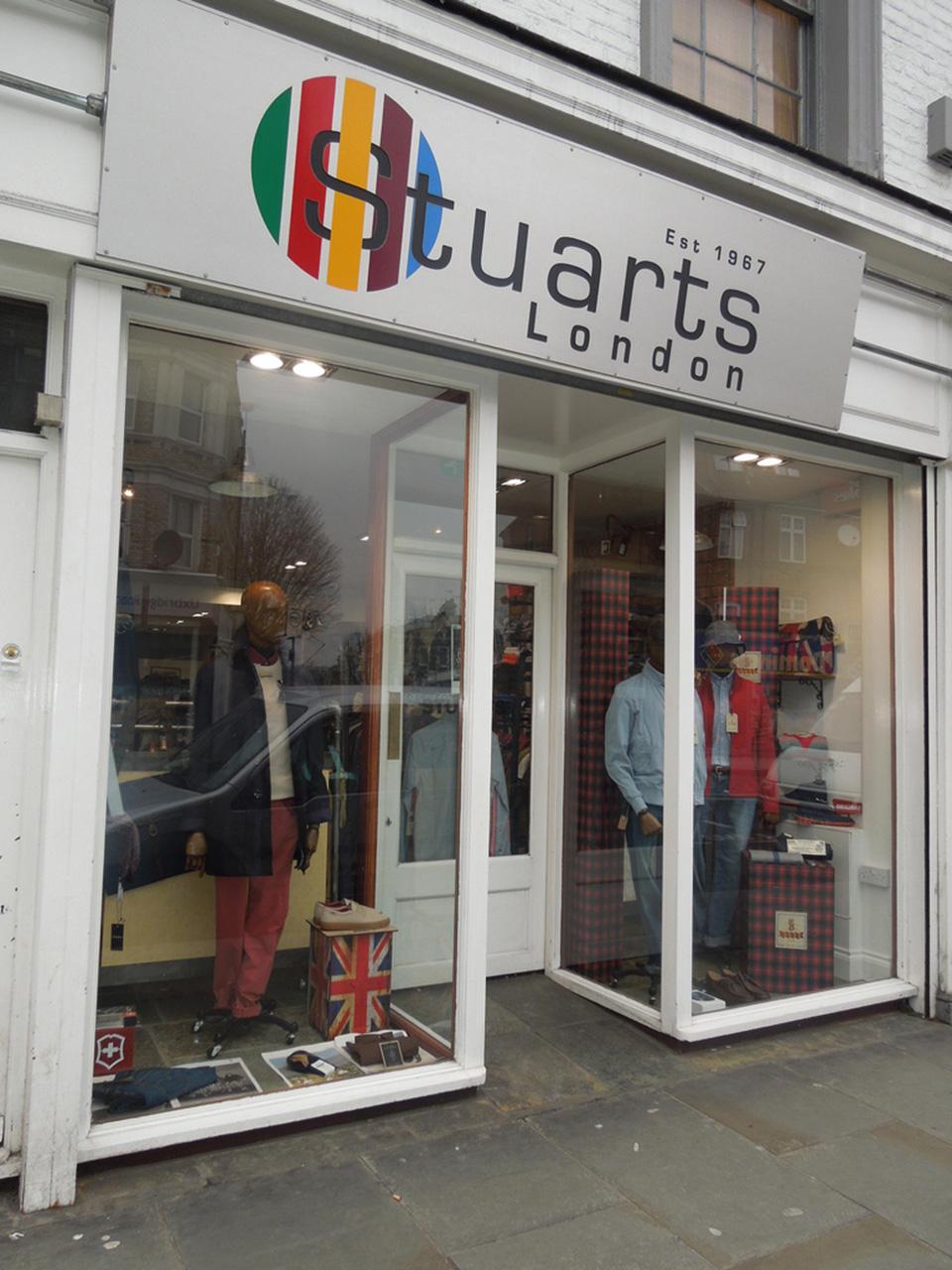 Fachadas de Lojas de Roupas Masculinas Stuarts London