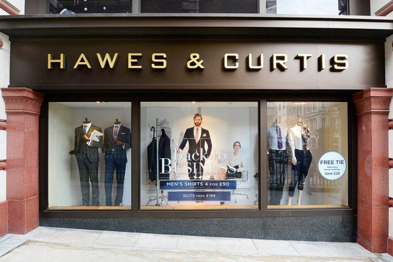 Fachada de Lojas de Roupa Hawes & Curtis