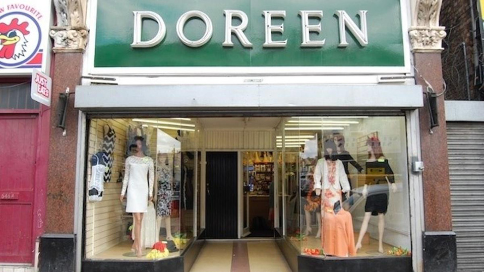 Fachadas de Lojas de Roupas Femininas Doreen