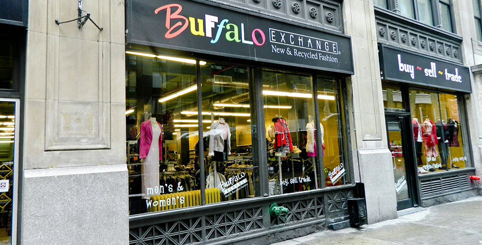 Fachadas de Lojas de Roupas Femininas Buffalo Exchange