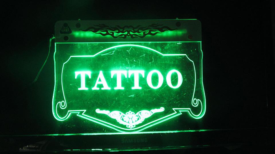 Letreiro de Led Tattoo
