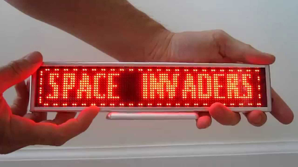 Letreiro de Led Space Invaders