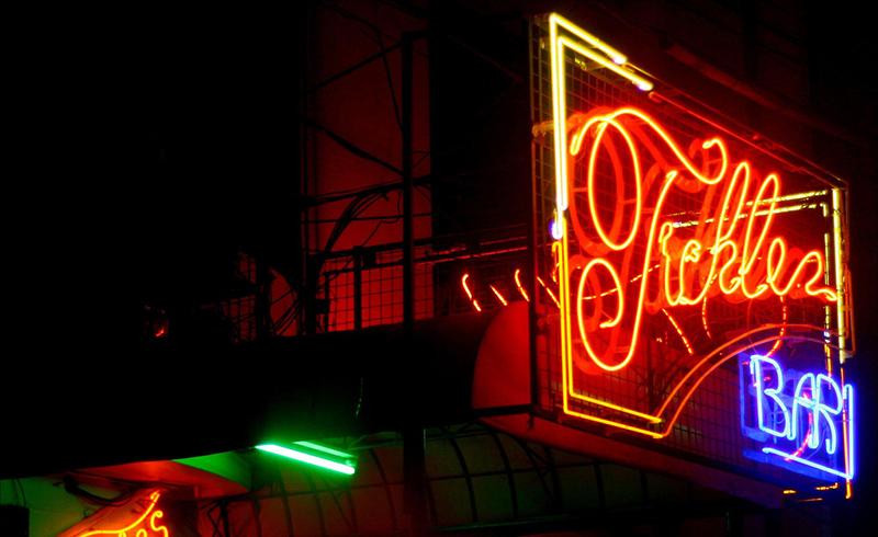 Letreiro Luminoso Bar